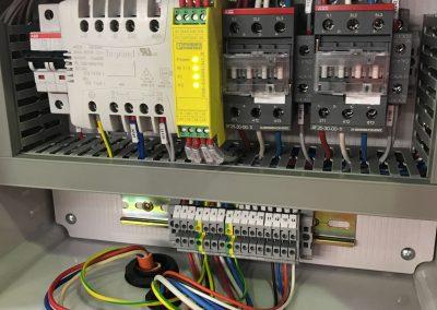 Cat4Box inside wiring